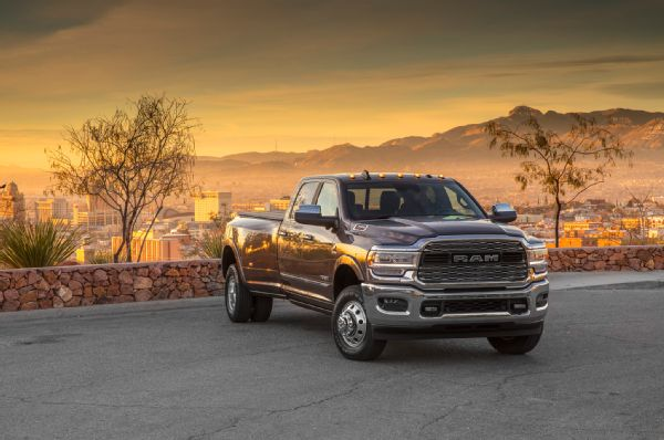 2019 Ram 3500 Limited Exterior Front Quarter 01 Photo 263917904