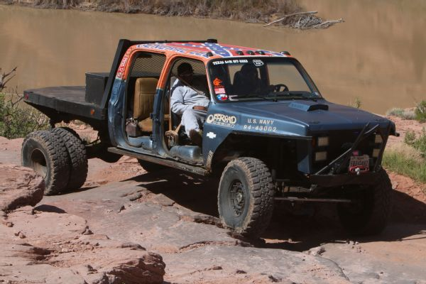 05 2019 Easter Jeep Safari Fullsize Invasion Moab Rim.JPG Photo 174176856