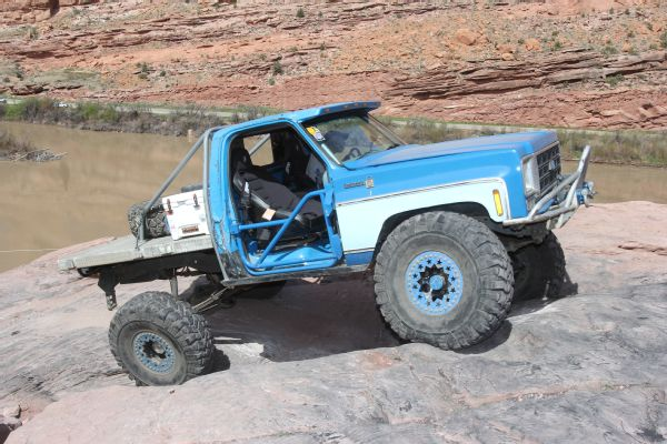 16 2019 Easter Jeep Safari Fullsize Invasion Moab Rim.JPG Photo 174177009