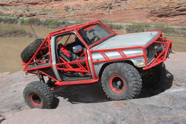17 2019 Easter Jeep Safari Fullsize Invasion Moab Rim.JPG Photo 179035534