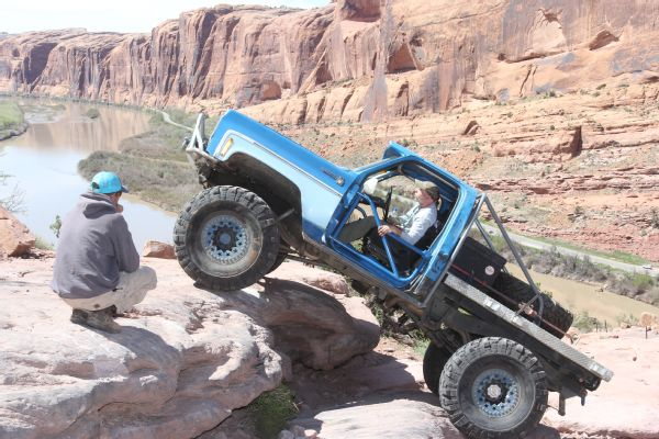 21 2019 Easter Jeep Safari Fullsize Invasion Moab Rim.JPG Photo 174177066