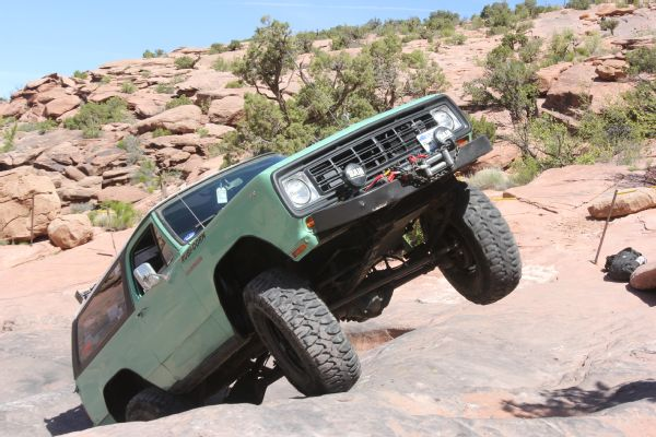 35 2019 Easter Jeep Safari Fullsize Invasion Moab Rim.JPG Photo 179035690