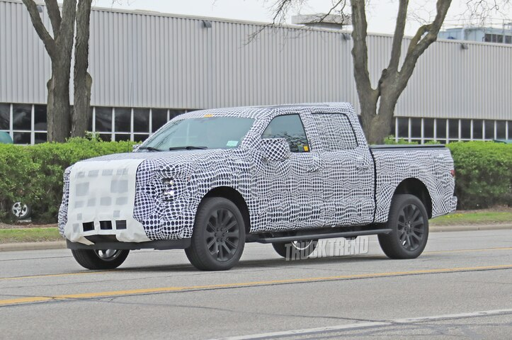 2021 Ford F 150 Spied Front Quarter 05 Photo
